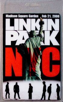 Lot #03: NYC MSG 2008 World Tour Laminate